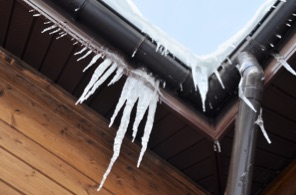 Frozen temperatures causing ice to freez around pipes